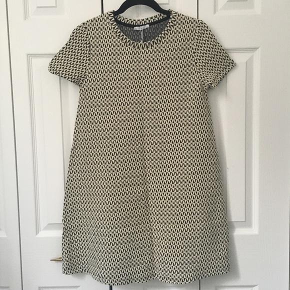 d507089f798 NWT ✨ Zara Dress